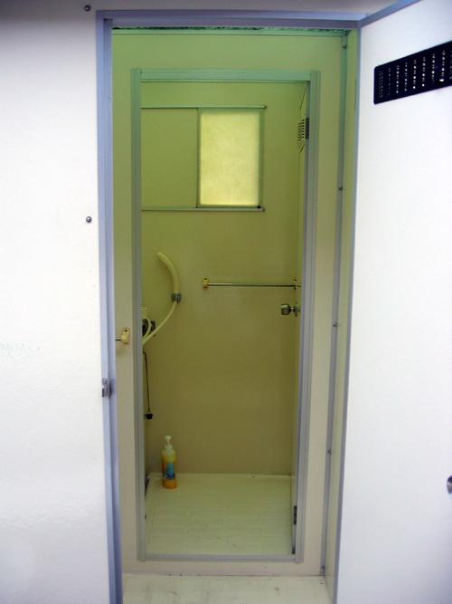 シャワールーム2.jpg