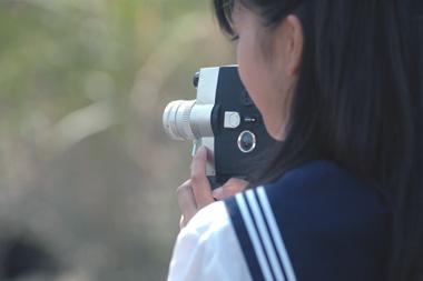 夏美と8ミリカメラ.jpg