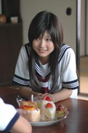美香とケーキ.jpg