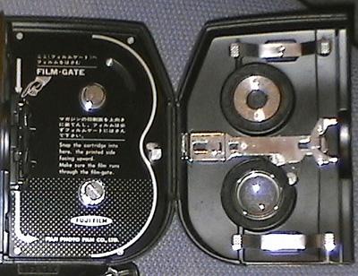 8ミリカメラ内部.jpg